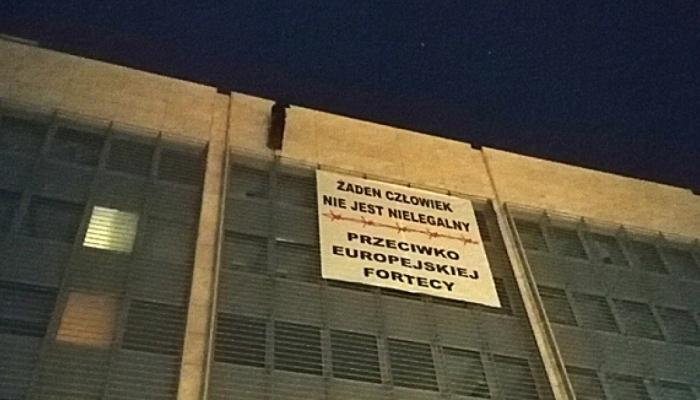 Żaden człowiek nie jest nielegalny – Przeciwko europejskiej fortecy